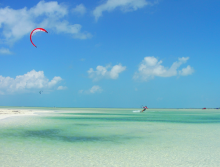 Freelance kitesurf instructors at Ikarus KiteBoarding School